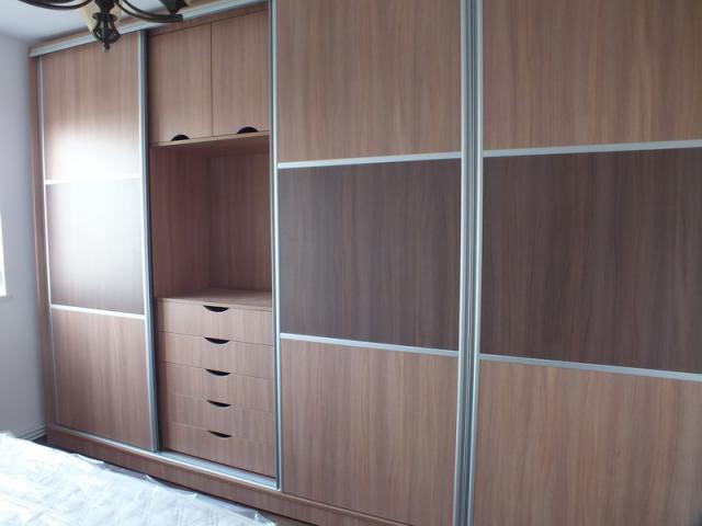 dressing. Black Bedroom Furniture Sets. Home Design Ideas